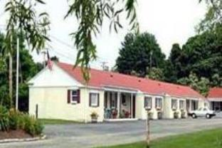 The Bay Willows Inn, Newport