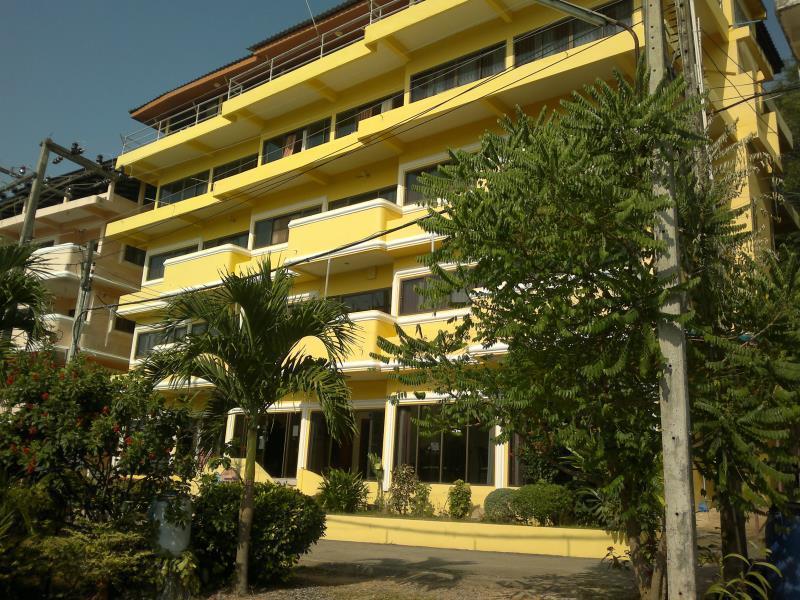 莱瑪雅旅店