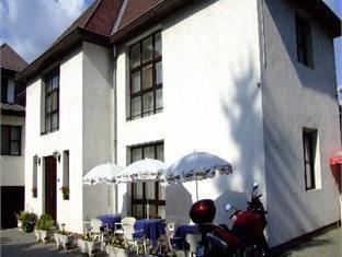 Hotel Roz, Szentendre
