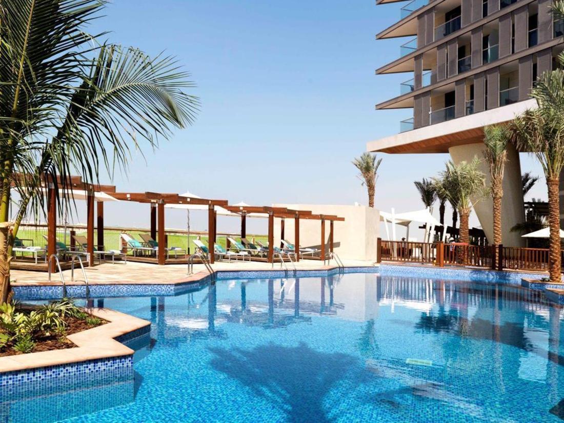 Best price on radisson blu hotel abu dhabi yas island in - Hotels in abu dhabi with swimming pool ...