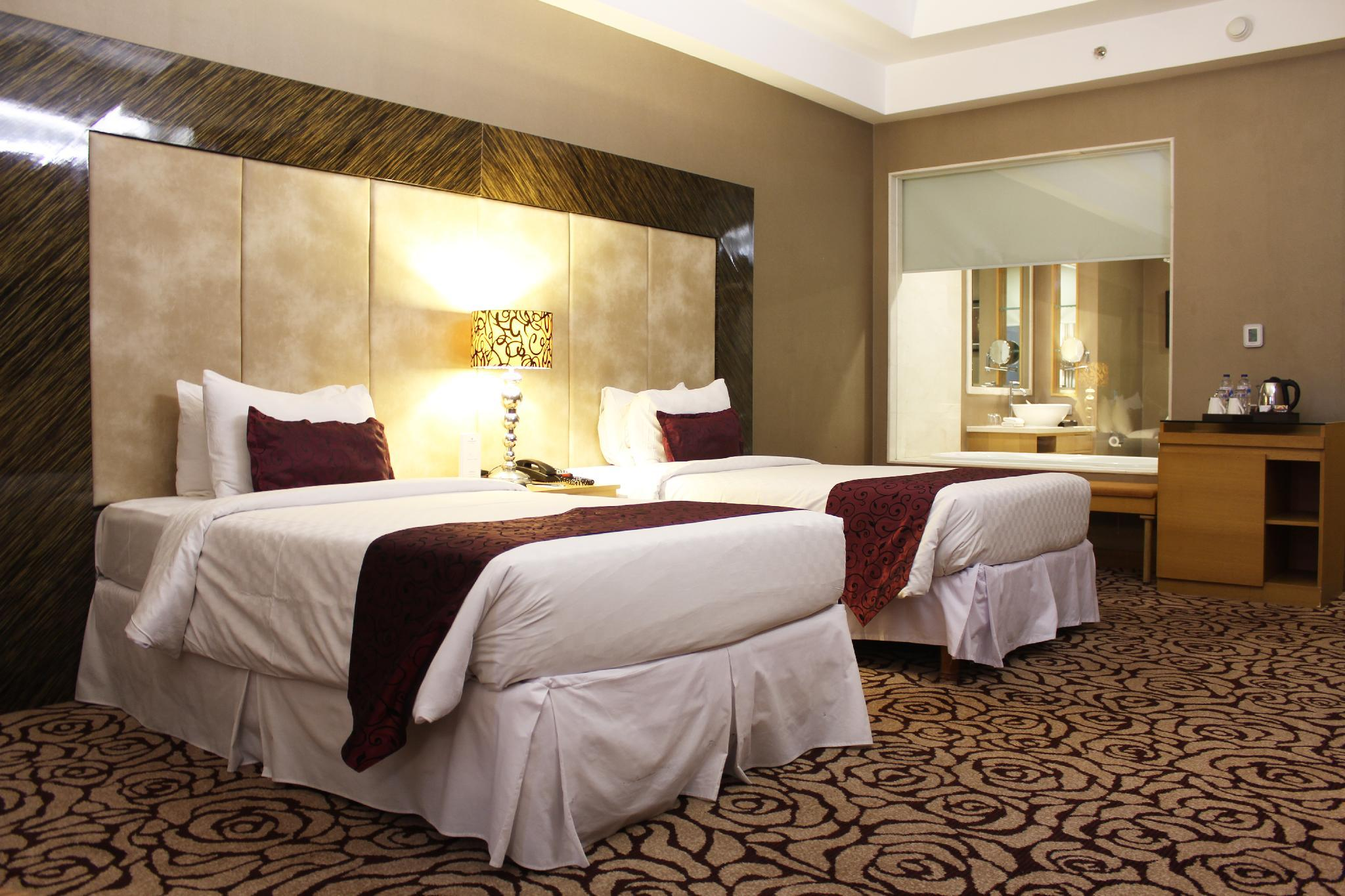 Wyndham Hotel Surabaya (Formerly Pullman Surabaya City Centre)