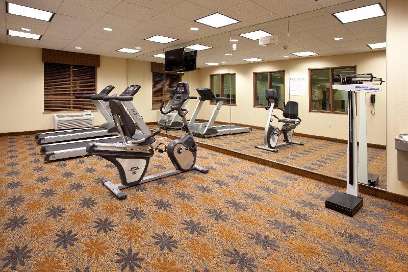 Holiday Inn Express Hotel & Suites Lamar - Lamar, CO 81052