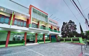 Hotel Grand Palm, Malang