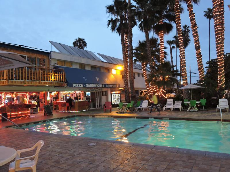 Tradewinds Airport Hotel - Inglewood, CA 90304