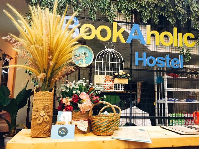 Bookaholic Hostel