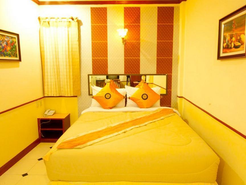 Honey House 2, Khlong Toey