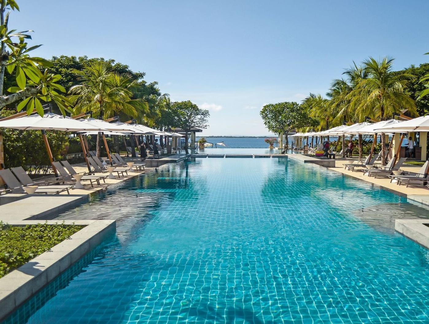 Crimson Resort and Spa, Lapu-Lapu City