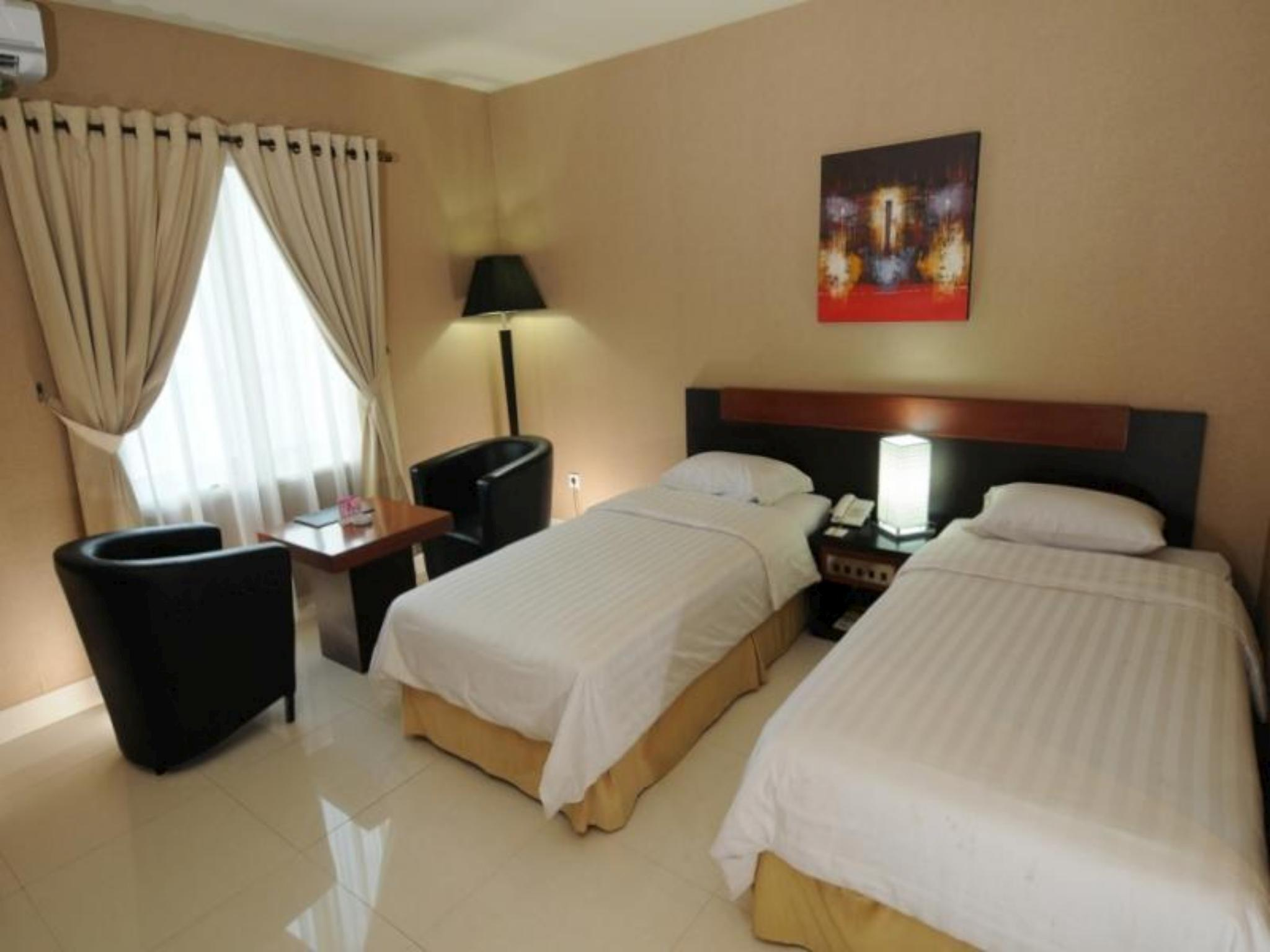 Orchardz Hotel Gajahmada