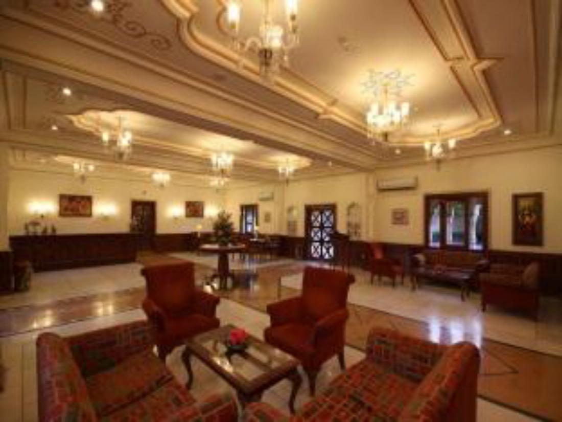 Best price on pride amber vilas resort spa in jaipur for F salon jaipur prices