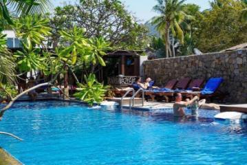 Sairee Hut Resort Ко Тао
