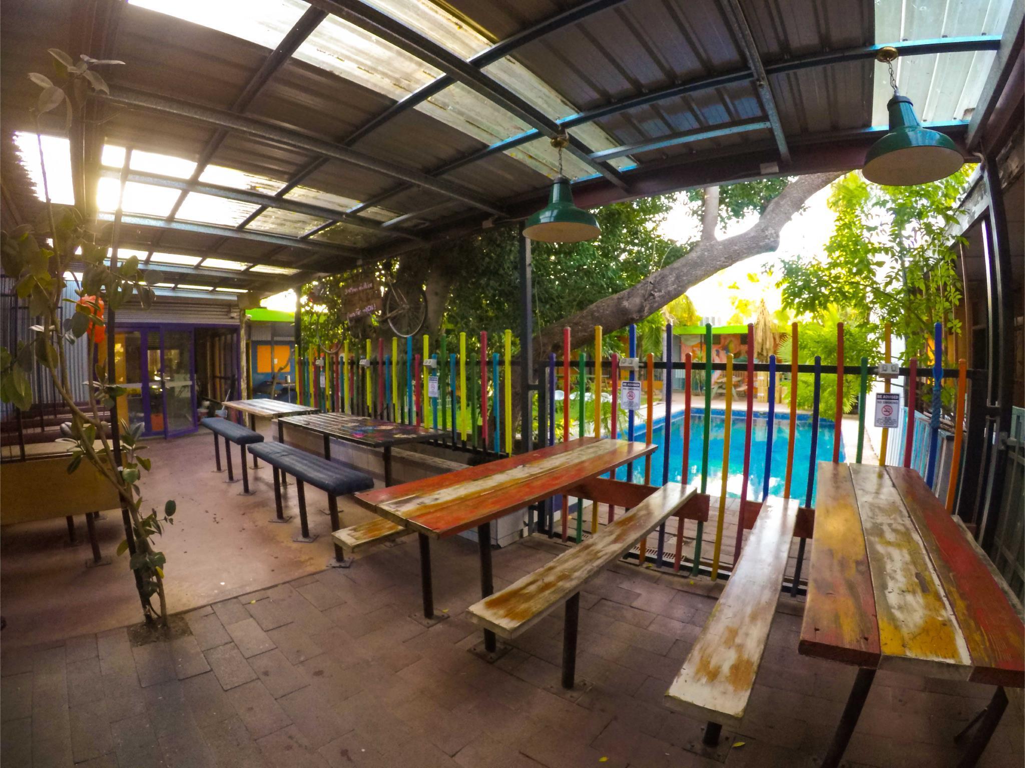 Jump Inn Alice Budget Accommodation, Alice Springs- Stuart