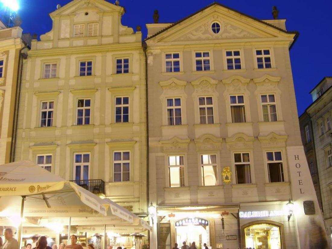 Book old town square hotel residence prague czech for Hotels near old town square prague