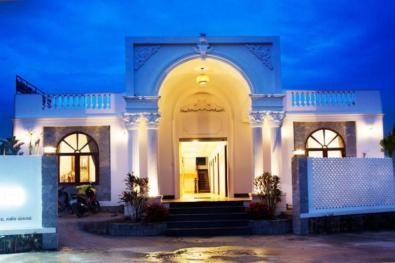 Phu Quoc Blue Hotel