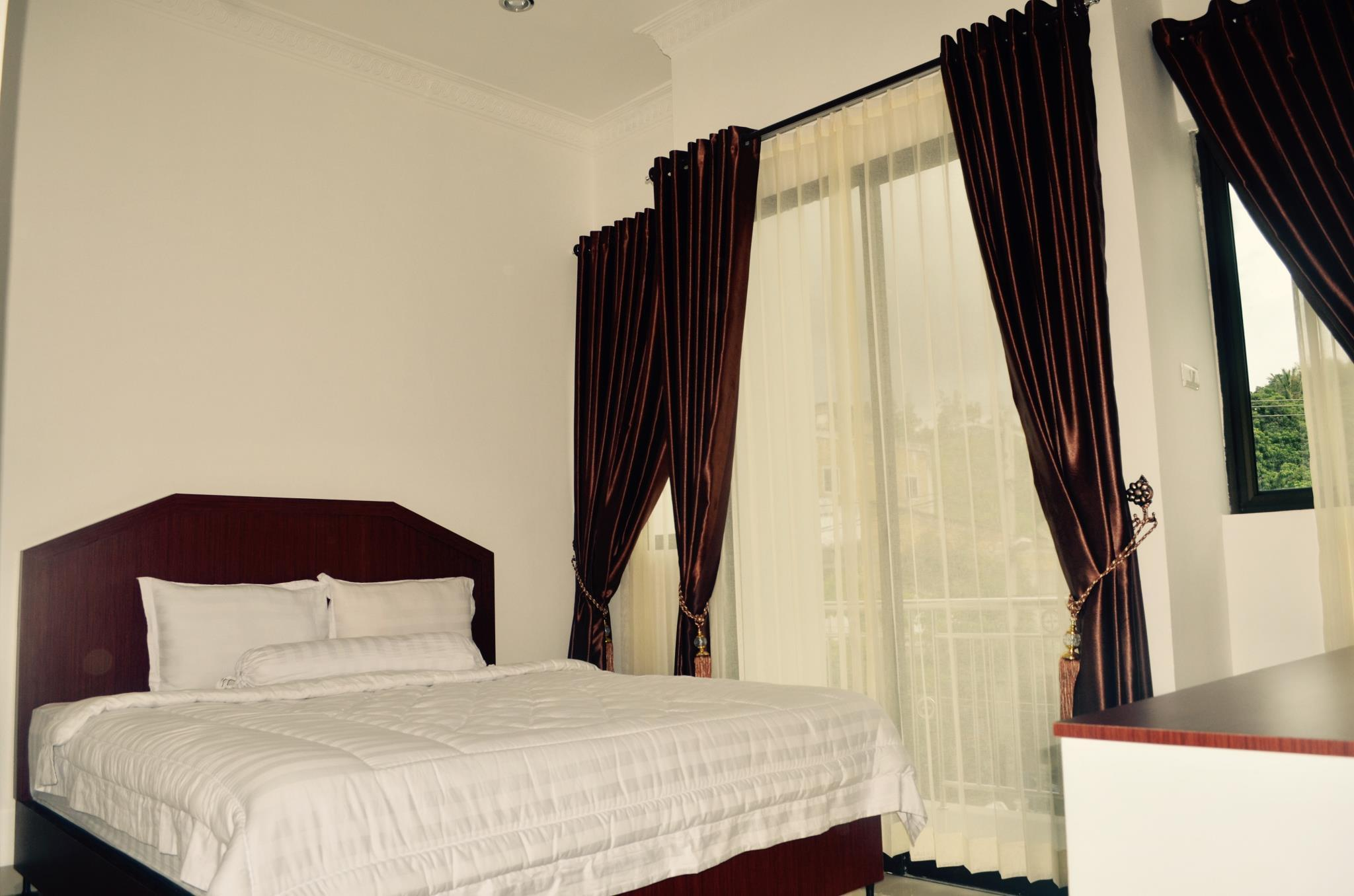 Opriss Hotel, Simalungun