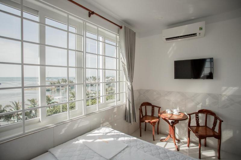 Phu Hong Hotel
