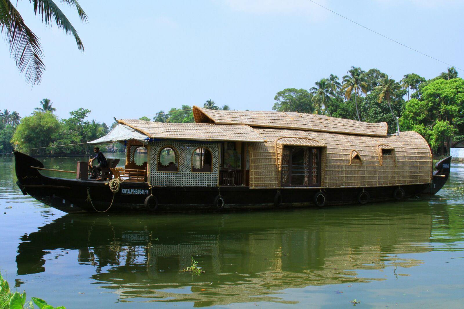 StayBoat Kumarakom, Kottayam