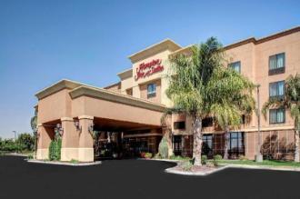 Hampton Inn & Suites Bakersfield - Hwy 58