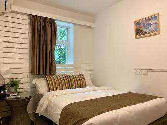 Bayshore Inn - Double Room with green view P6