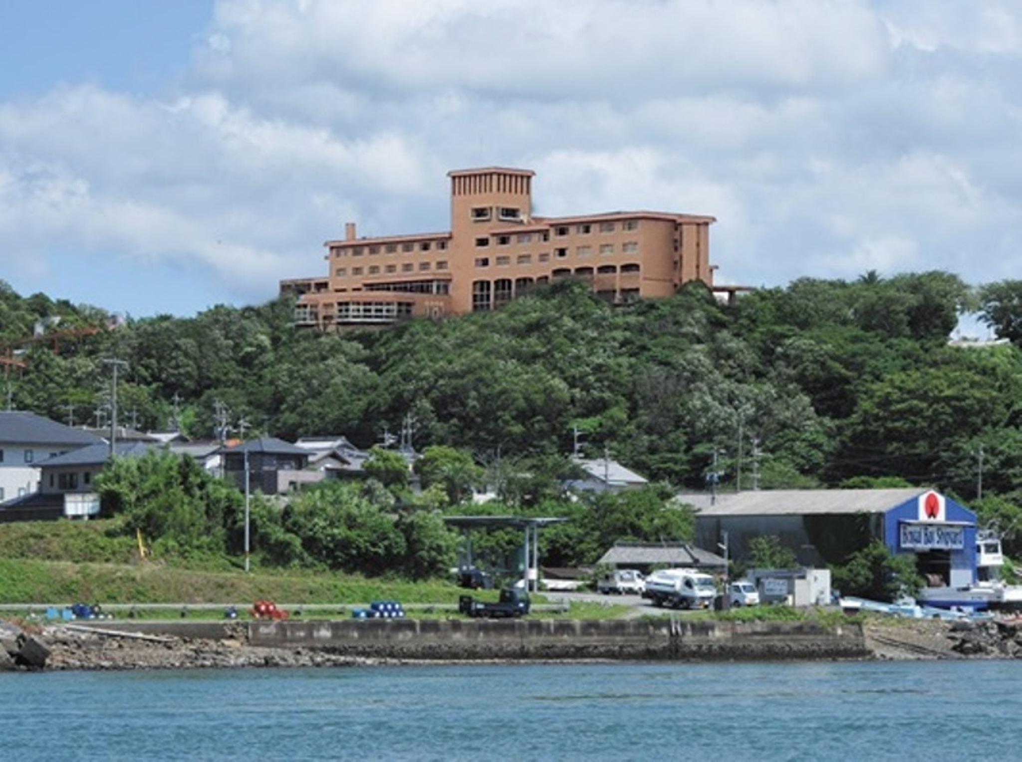 Kanponoyado Toba, Toba