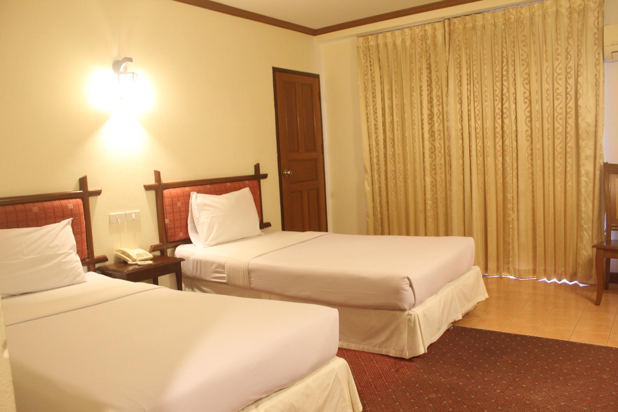Butterfly Princess Betong Hotel, Batong