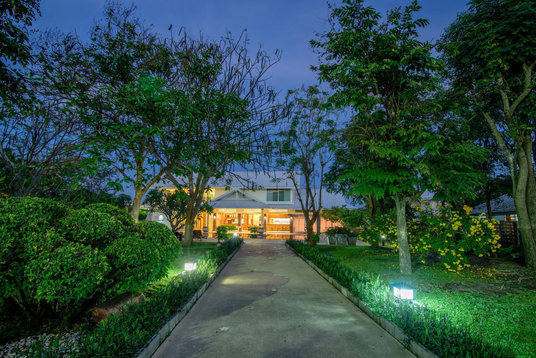 Hua Hin Condotel & Resort by Taweeporn, Hua Hin