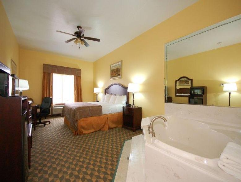 Best Western Plus Manvel Inn & Suites, Brazoria