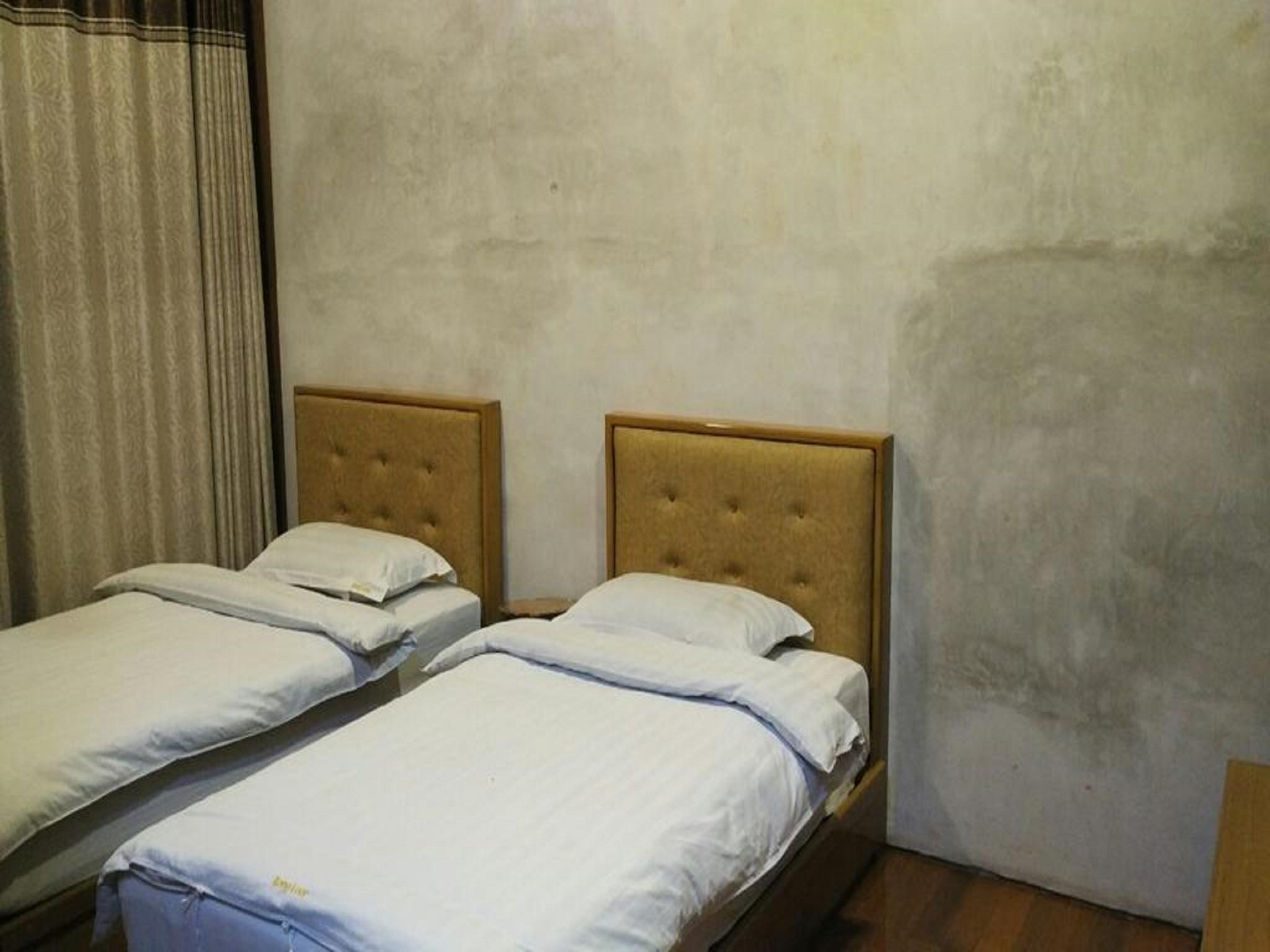Kong Loon Motel 2, Taunggye