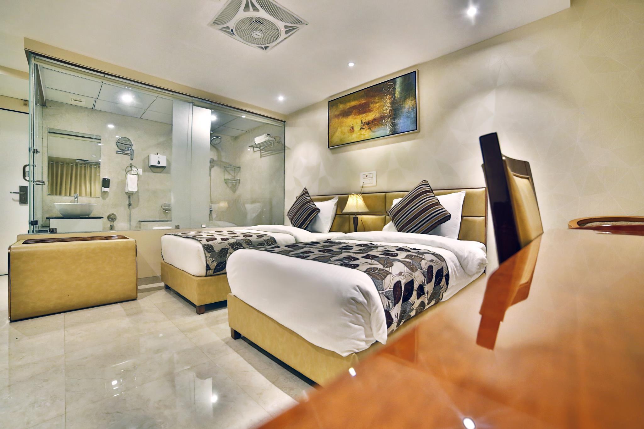 Hotel King's Heritage, Surat