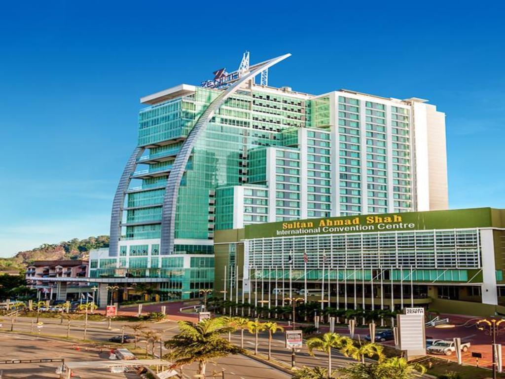 Best price on the zenith hotel in kuantan reviews for Zenith garden rooms