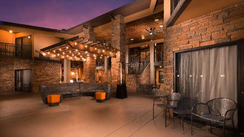 Best Western Warm Springs Hotel and Event Center