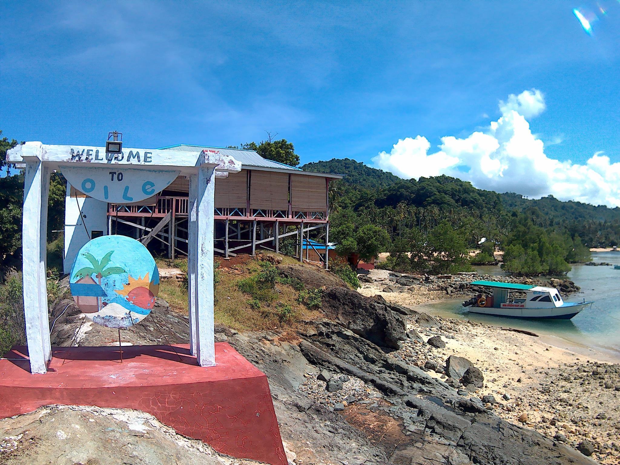 OILE Dive Lodge