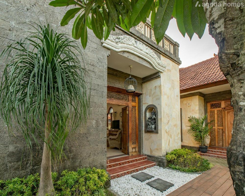 Big Pineapple Villa - 3 Bedroom