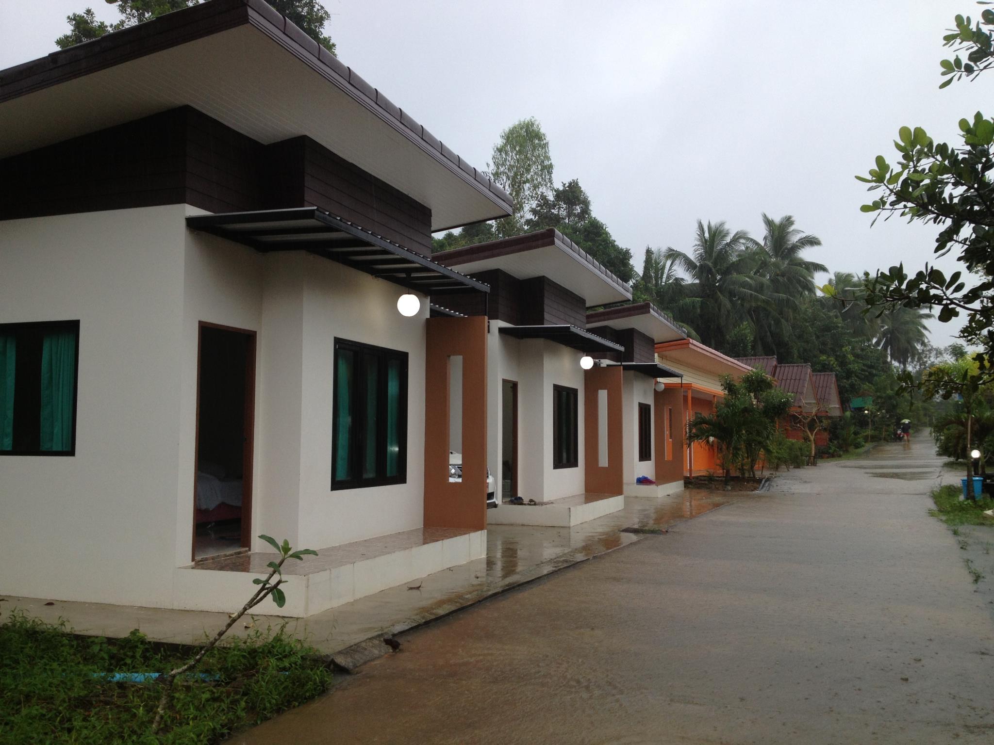 Langsuan resort, Lang Suan