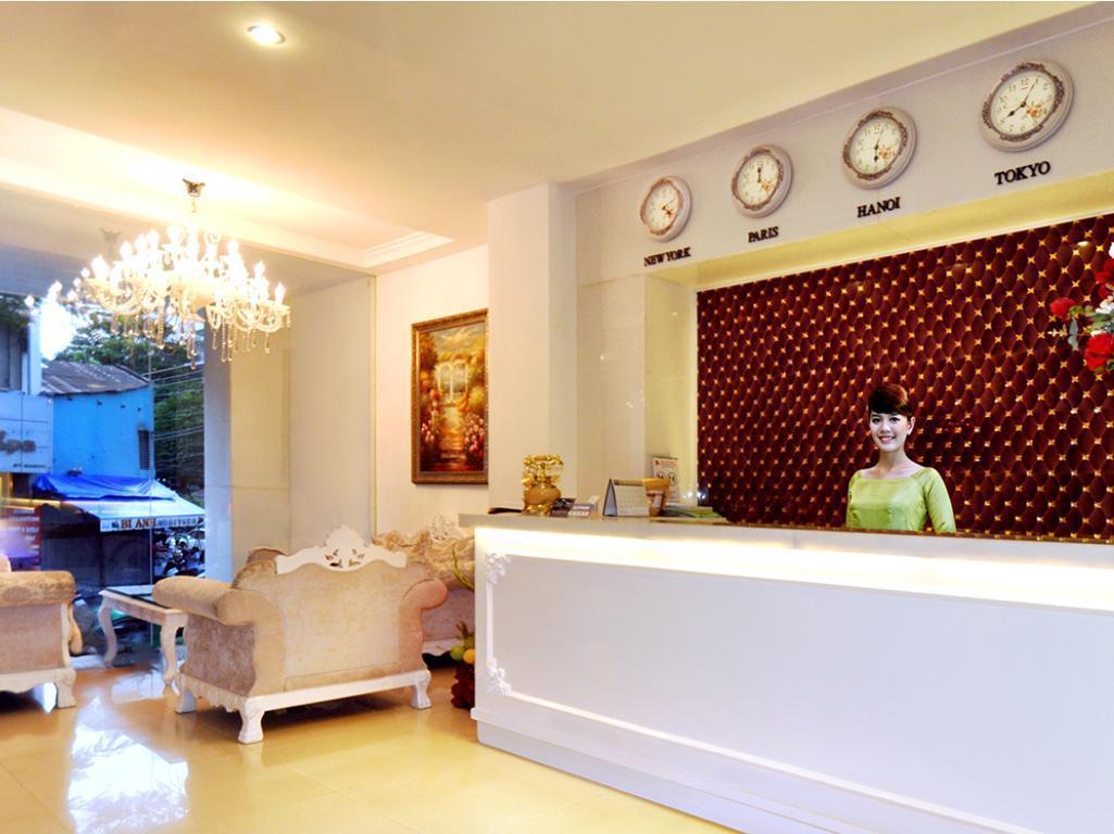 Khách Sạn The White Sài Gòn