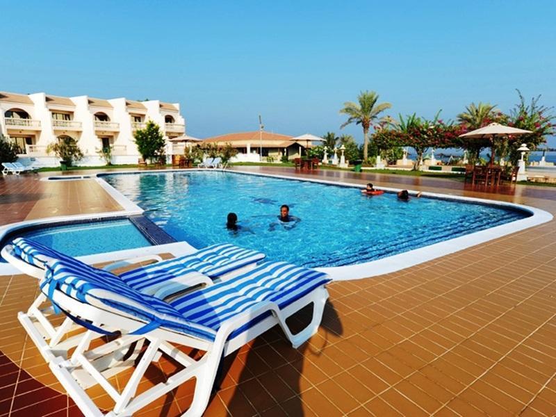 Barracuda Beach Resort,