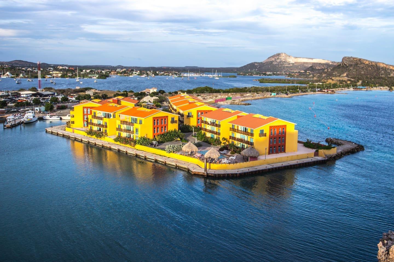 Palapa Beach Resort,