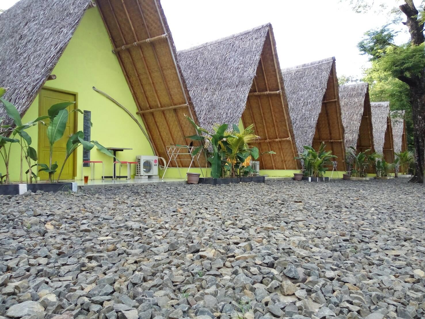 Penginapan Bunar Tunggal dan Resto Seafood, Pandeglang