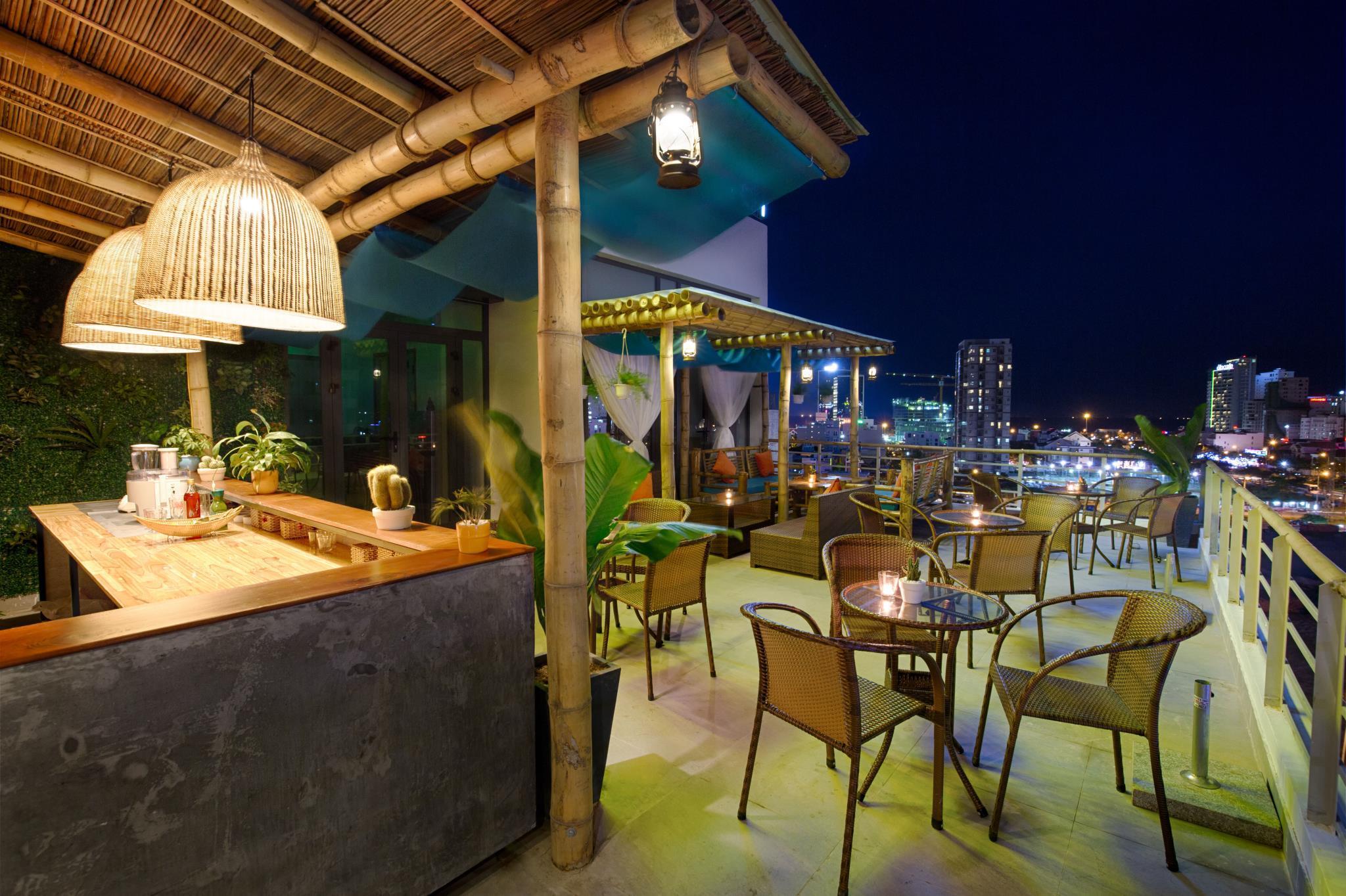 Continent Hotel Danang, Sơn Trà
