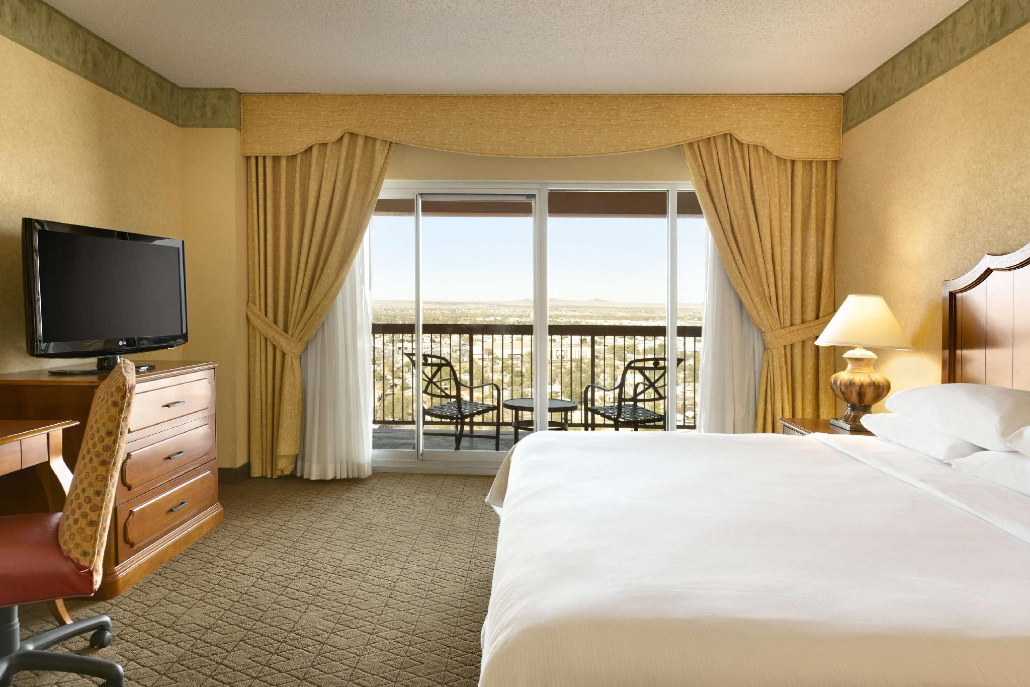 2 Room Premium Suite-1 King Bed