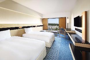 Twin Hilton Room Ocean