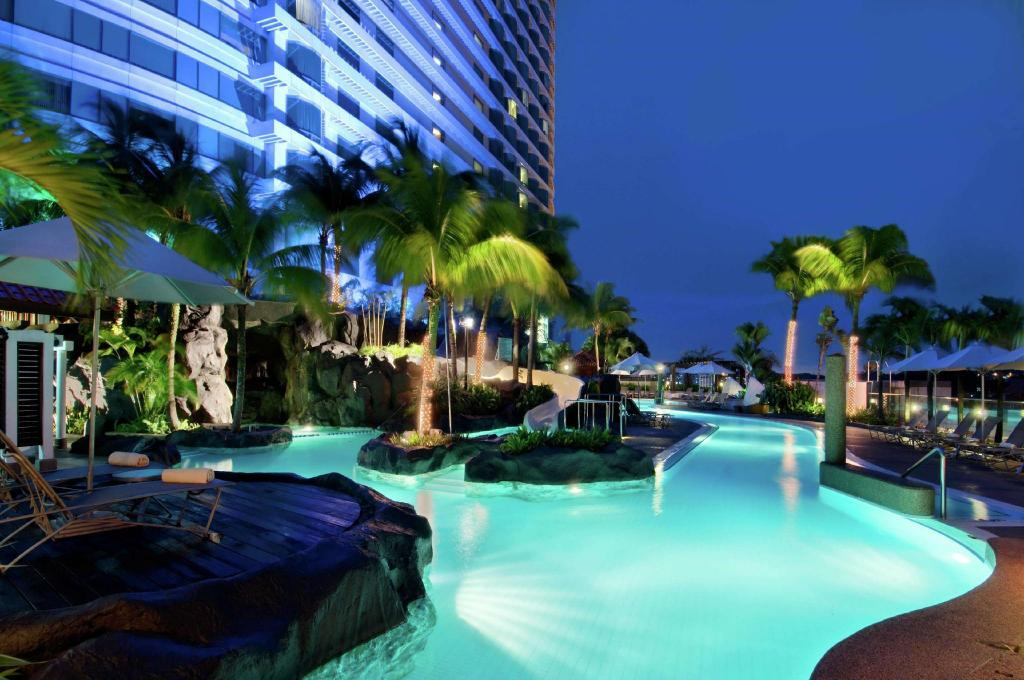 Swimming pool [outdoor], Hilton KL