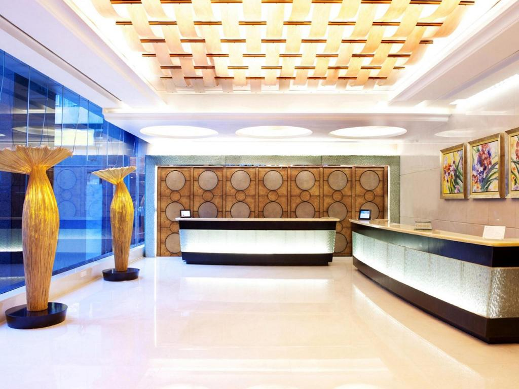 Best Price on City Garden Hotel in Hong Kong Reviews