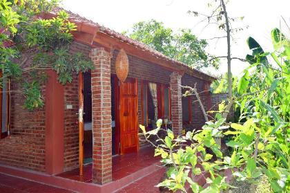 Nhà nghỉ Vân Long
