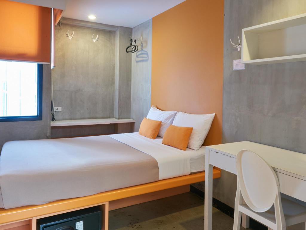 LubD Siam Square hostel private room