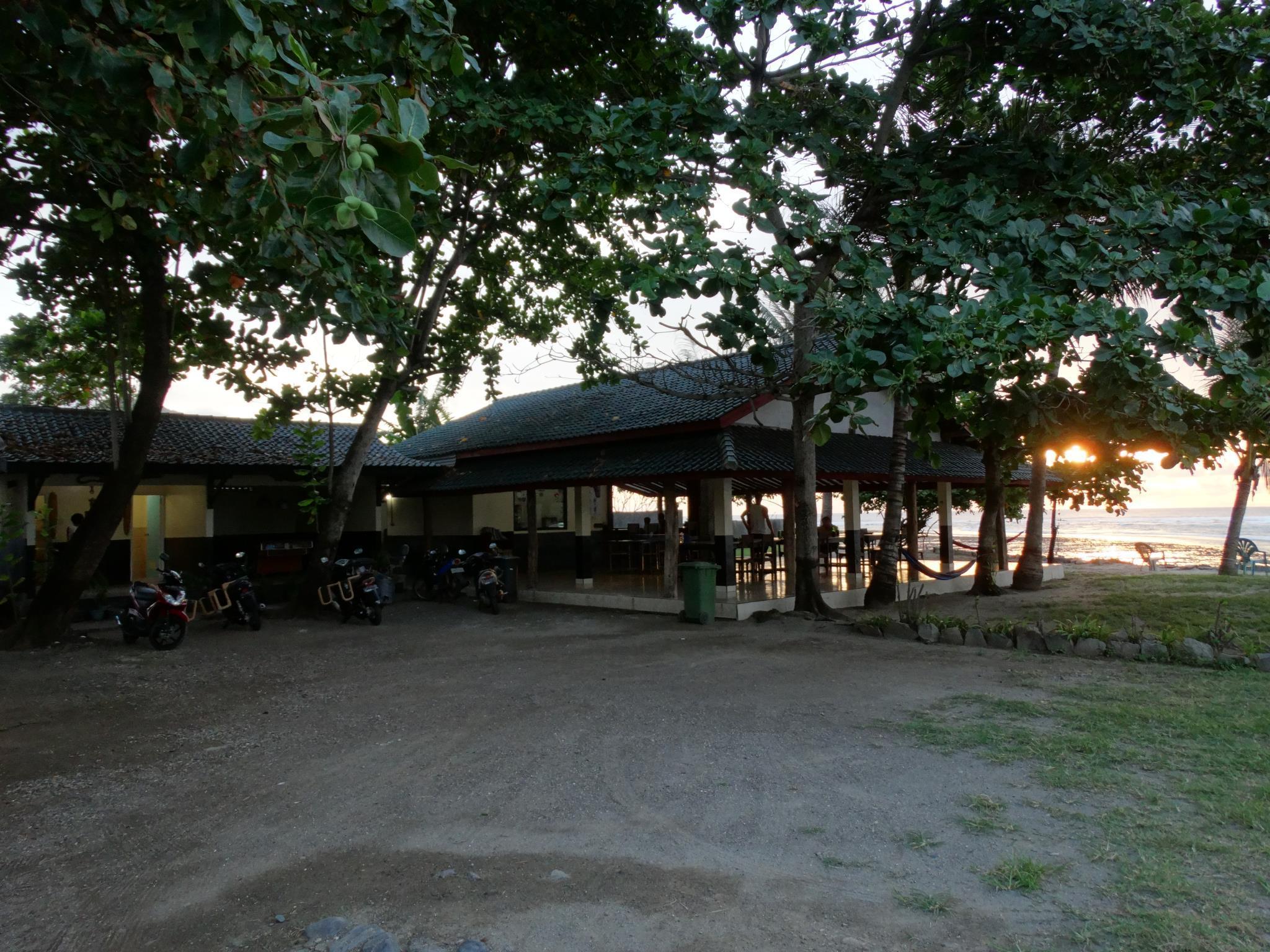 Rantung Beach Hotel, Sumbawa Barat