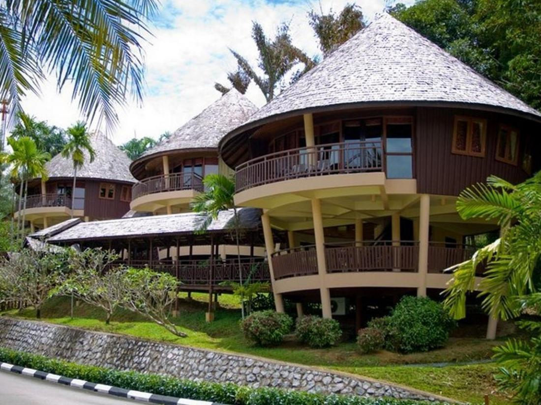 Best Price On Damai Beach Resort In Kuching Reviews