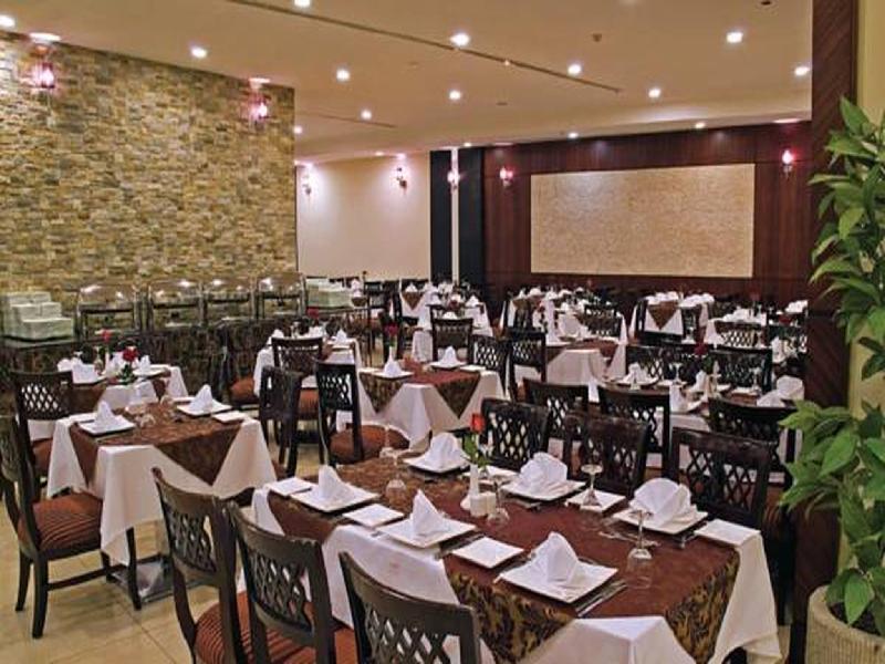 Dar Al Eiman Royal Hotel Main image 2