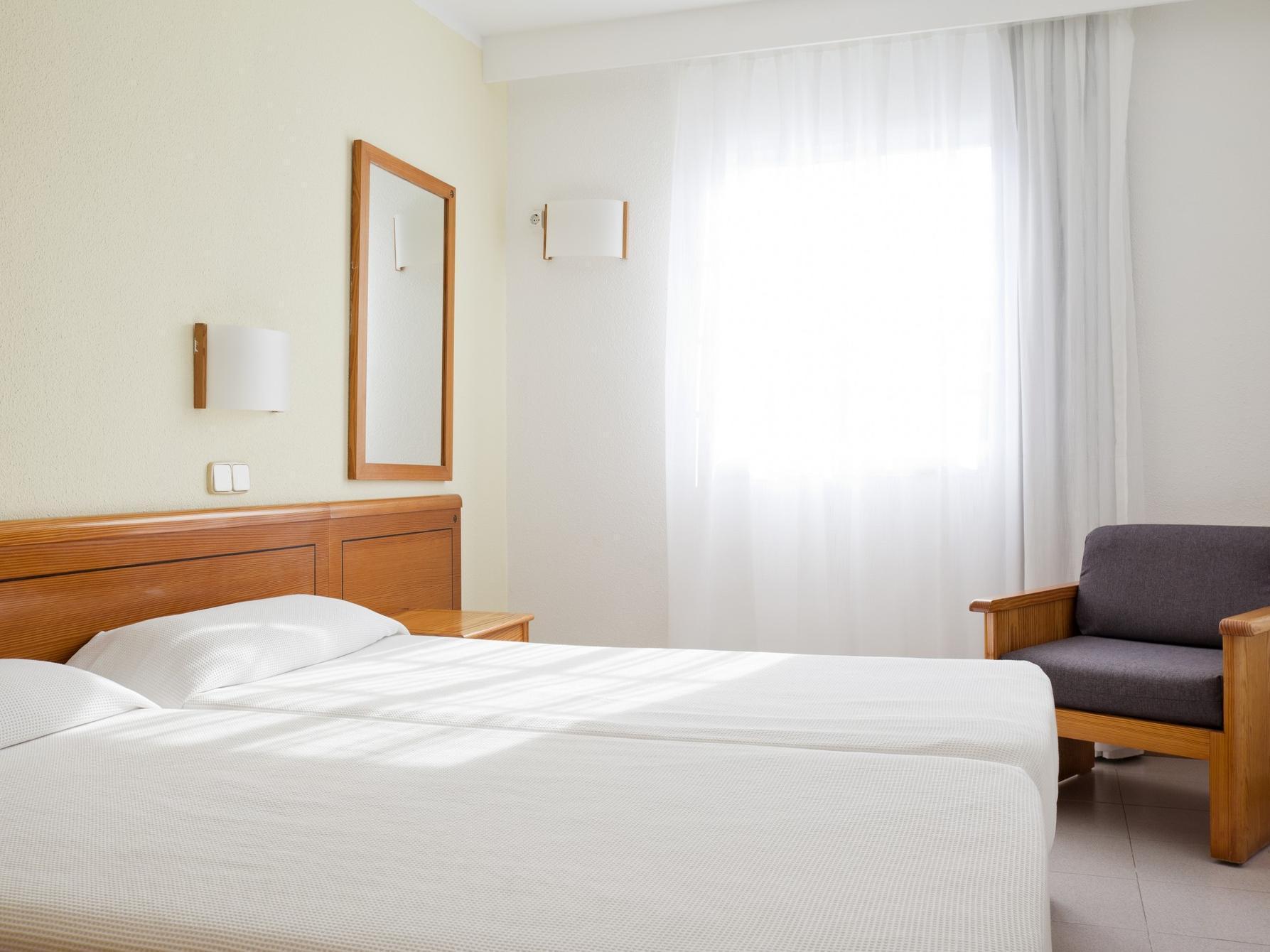 Ilunion Menorca Hotel, Baleares