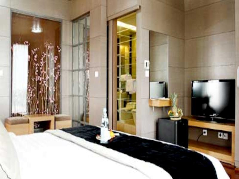 Amos Cozy Hotel Melawai, South Jakarta
