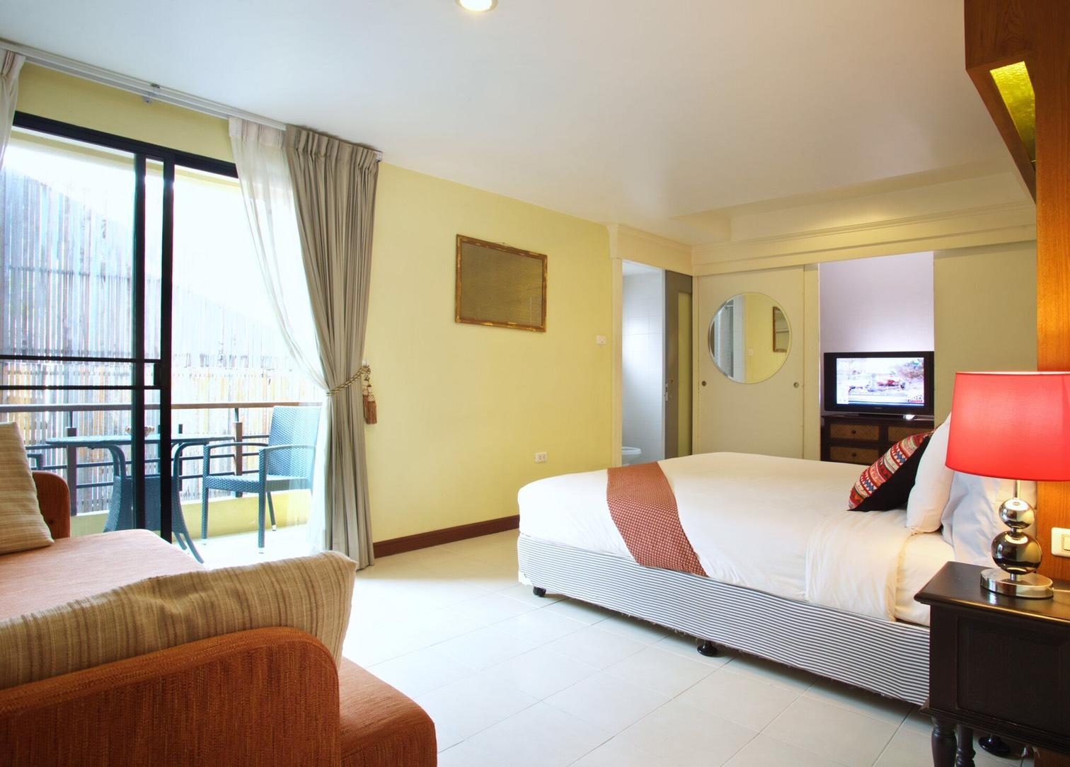 Hub53 hip hotel chiang mai for Hippest hotels